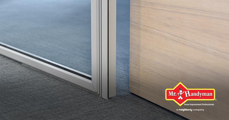 Merveilleux Although It Serves An Important Function, Your Screen Door Should Also Be  Easy To Operate, With A Smooth Gliding Motion That Allows You To Open And  Close It ...