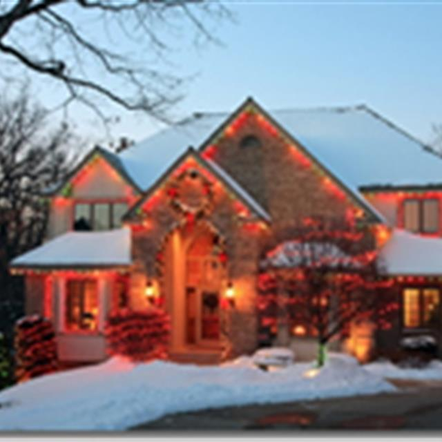 Mr. Handyman of Charleston offers beautiful Christmas lights and Holiday Installations Our professional technician will be able to install your holiday decorations and lighting. Getting you ready for the holiday spirit! #handyman #electrical #mrhandyman9608