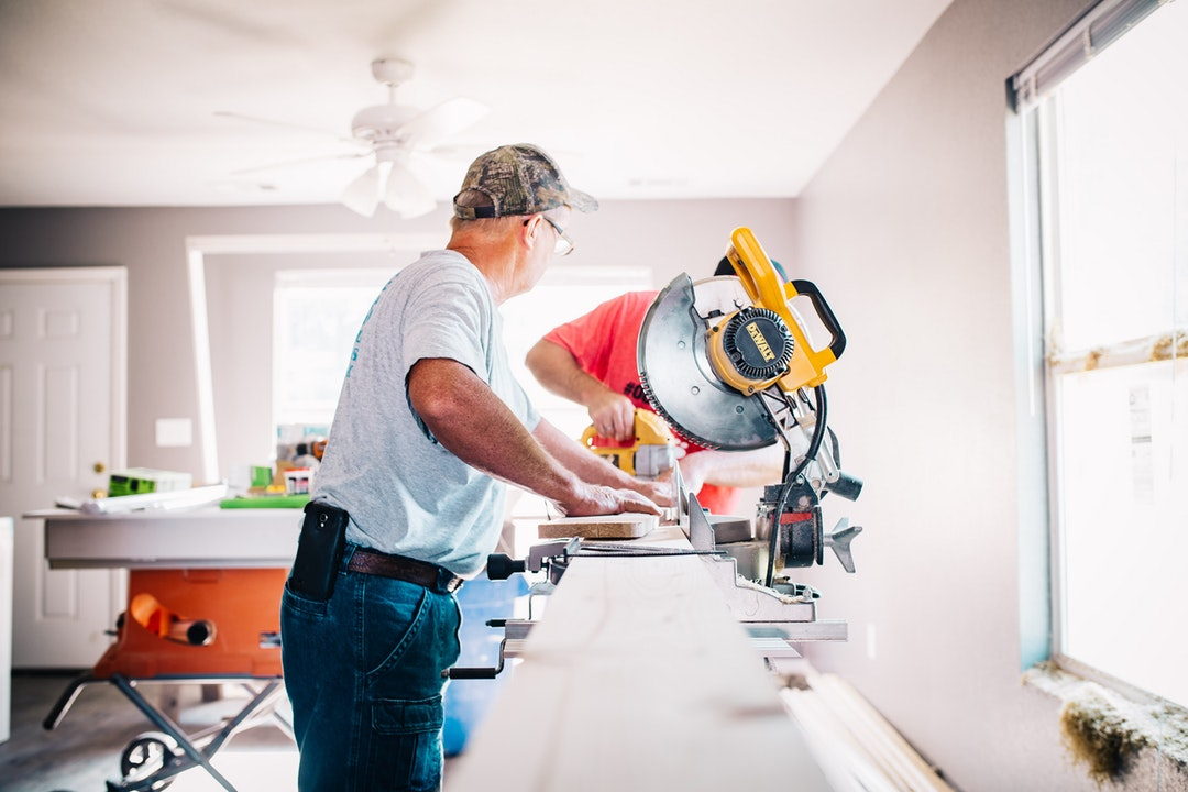 11 QUESTIONS TO ASK BEFORE HIRING A HOME REPAIR SERVICE IN DALLAS