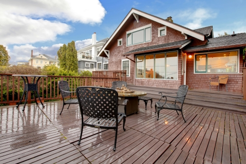 Deck Materials Pros And Cons Of Wood Vs Composite Decking