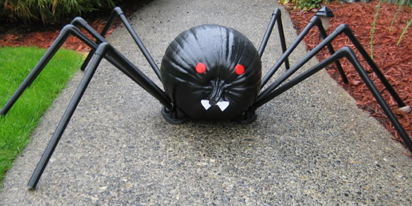 Finished PVC Spider Pumpkin